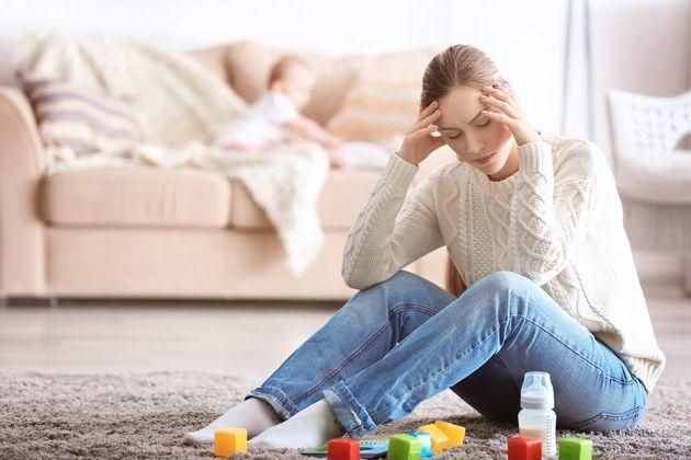 Depresión postparto: síntomas, causas y tratamiento